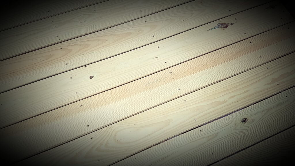 straighten decking boards